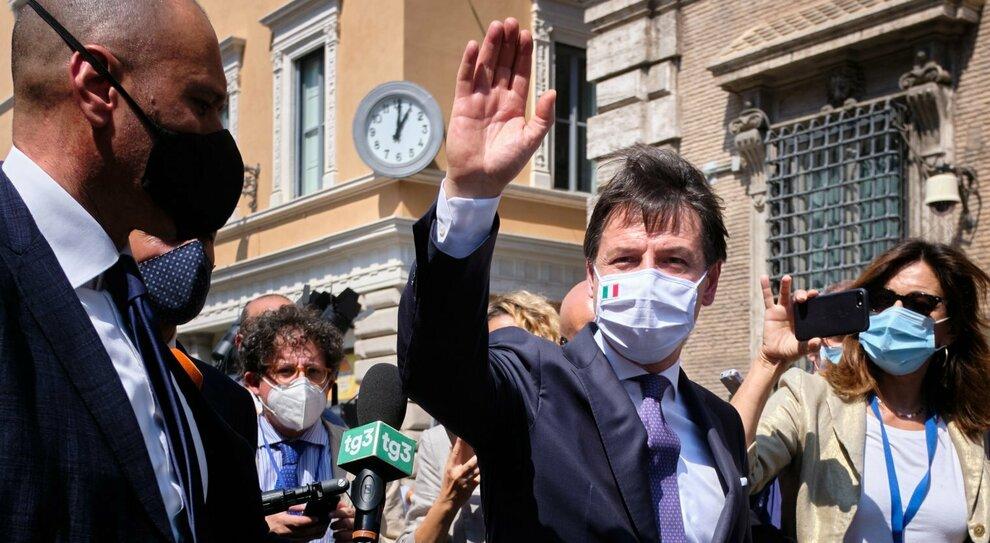 Regionali, salta accordo M5S-Pd sulla Puglia: i timori di Conte
