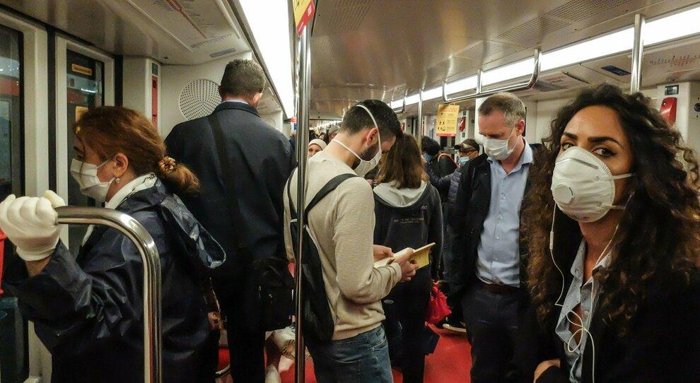 Un vagone della Linea A della metro a Roma