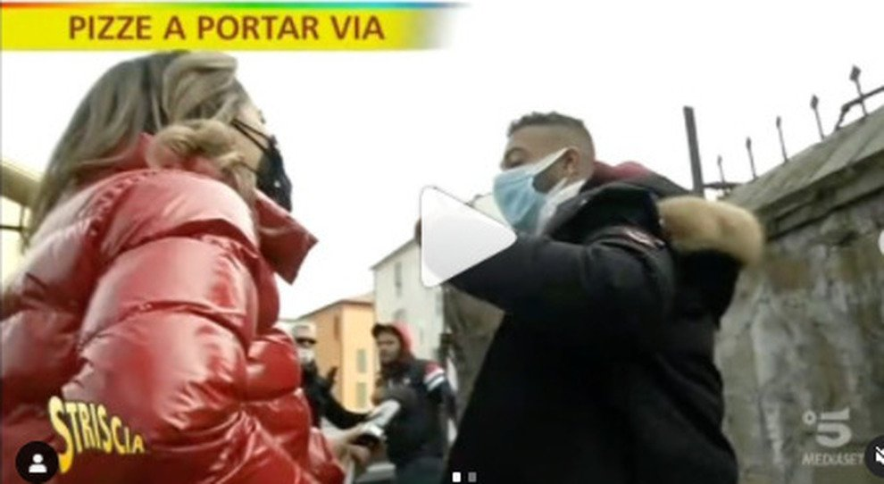 L inviata di Striscia la notizia , Rajae Bezzaz aggredita sulla Tiburtina