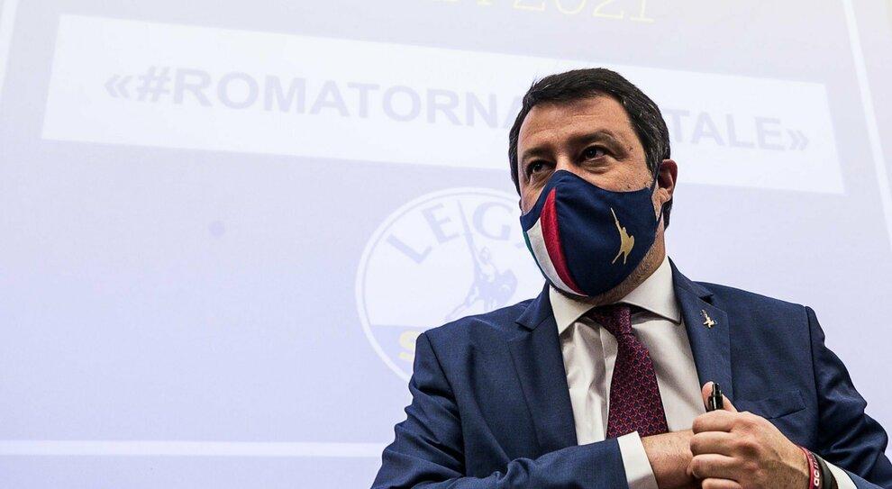 Salvini: «Guerra ad alcuni vaccini per logiche economiche»
