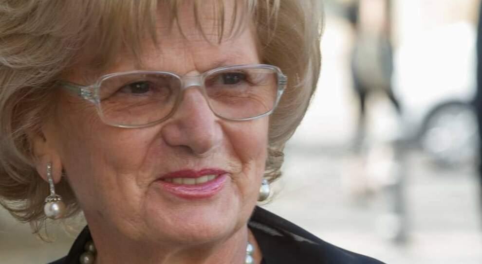 Ex infermiera muore dopo la seconda dose di vaccino, aperta un'inchiesta
