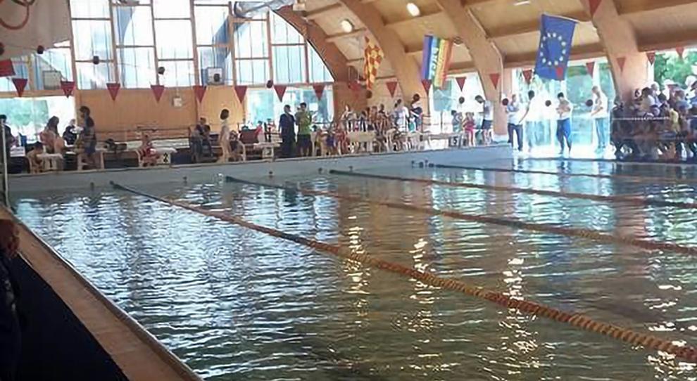 Nuovo decreto, piscine al chiuso: apertura slitta all'1 luglio. Settore in rivolta. Appello delle star del nuoto