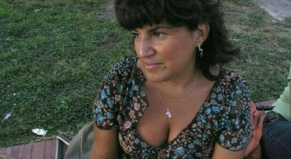 Napoli, insegnante muore 4 giorni dopo il vaccino. «Diteci perché è morta», denuncia della famiglia ai carabinieri