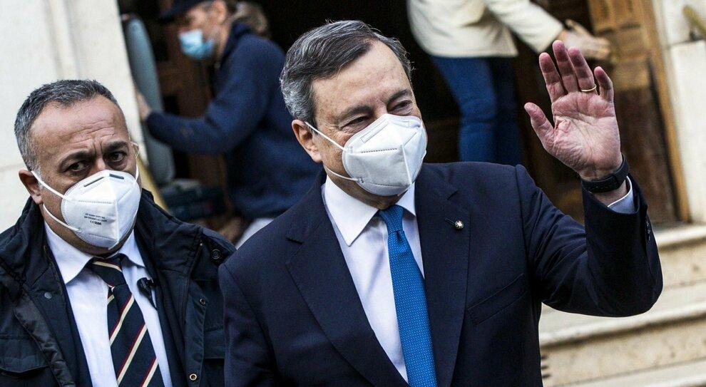 Draghi, le priorità: «Più investimenti, meno bonus». I temi vaccini e revisione del Recovery