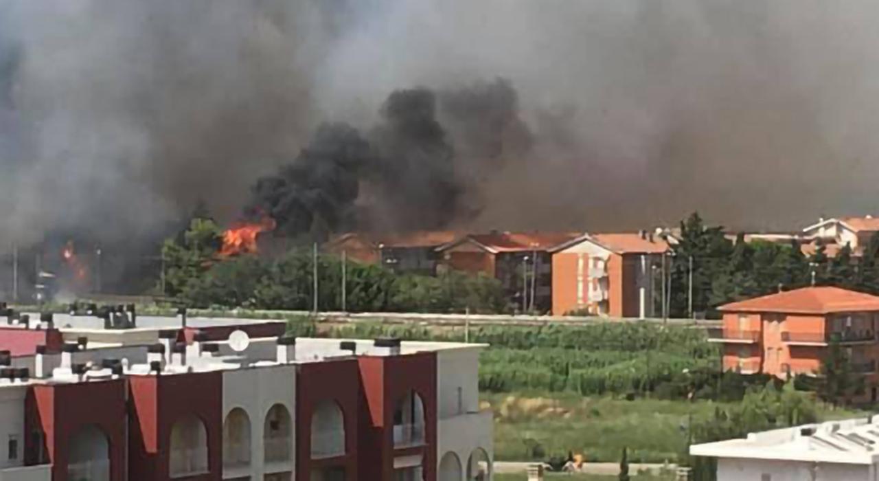 Abruzzo, incendi anche nel Teramano: ecco il bilancio della devastazione