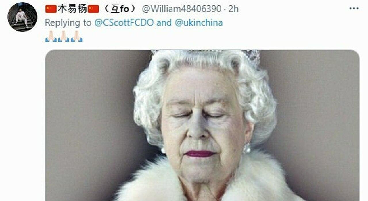 Tienanmen, ondata di falsi post sulla morte della Regina dopo i tweet britannici per ricordare il massacro