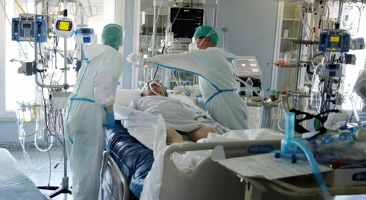 Covid, tornano i ricoveri in Abruzzo: riguardano 11 pazienti