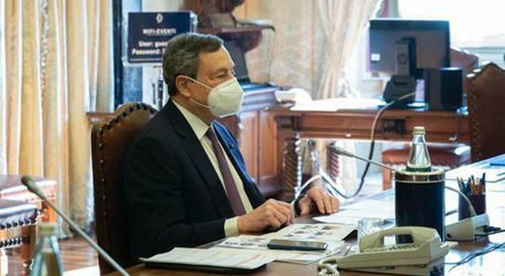 Enrico Vanzina: l arrivo del Prof Mario Draghi nel Paese (a)normale