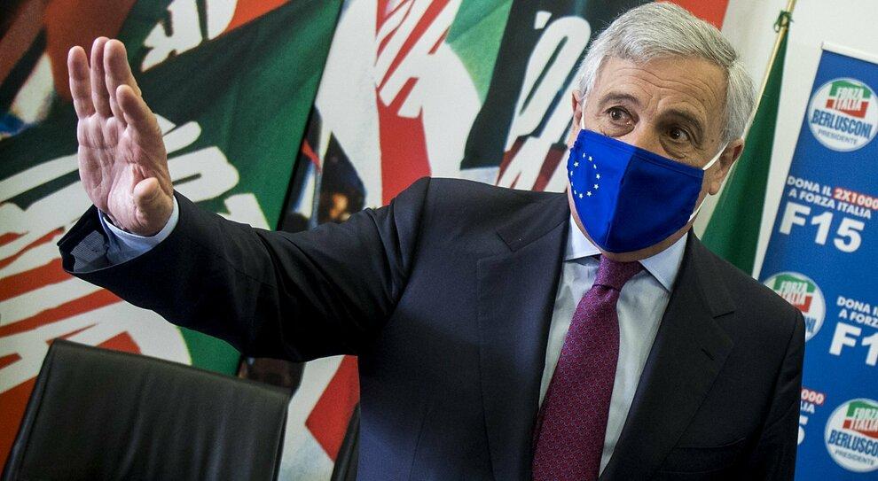 Riaperture, Tajani: «Otto miliardi di aiuti a chi è rimasto chiuso nelle città turistiche»