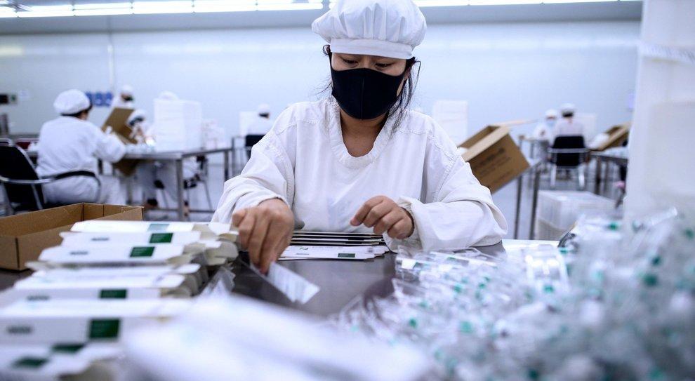 Coronavirus, il primo vaccino è cinese: verrà dato per adesso solo ai militari