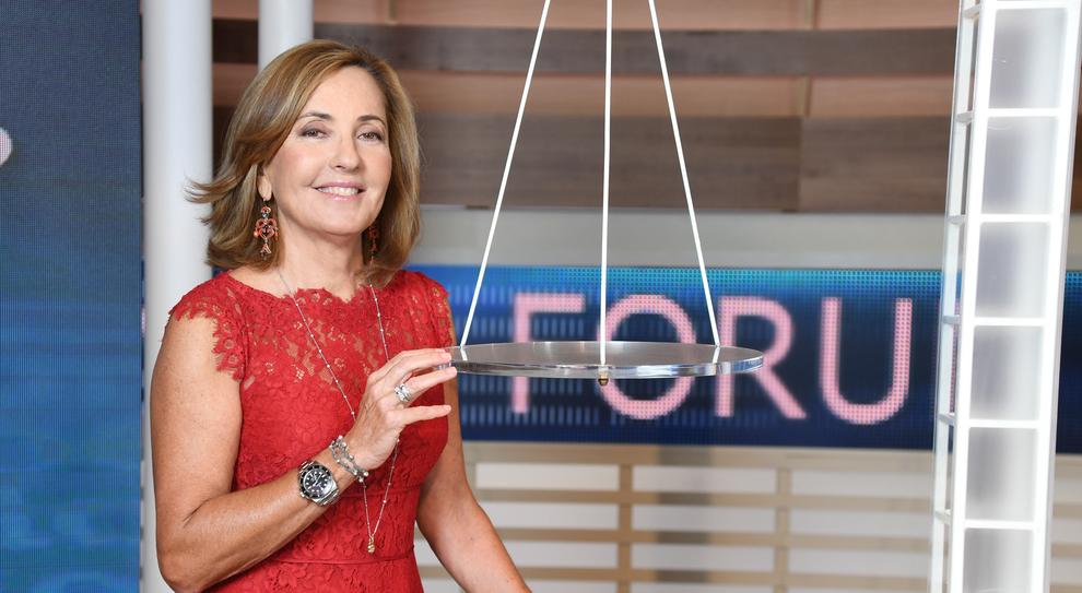 Barbara Palombelli: «Il mio sogno? Condurre Striscia e fare una serie tv»