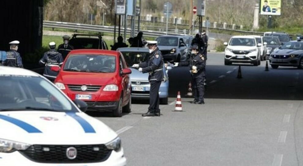 Seconde case, spostamenti vietati in sette Regioni. Non in Sicilia: a Pasqua 50mila arrivi