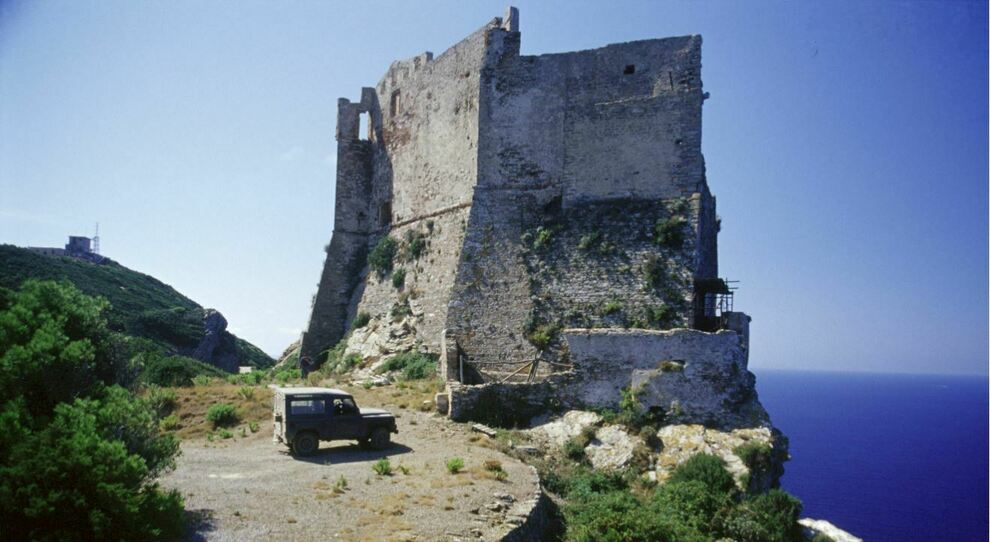 Torre di Gorgona (Foto Archivio Parco NAT)