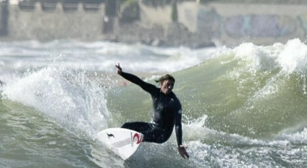 Il Financial Times incorona il litorale laziale: «Il Paradiso dei surfisti è qui»