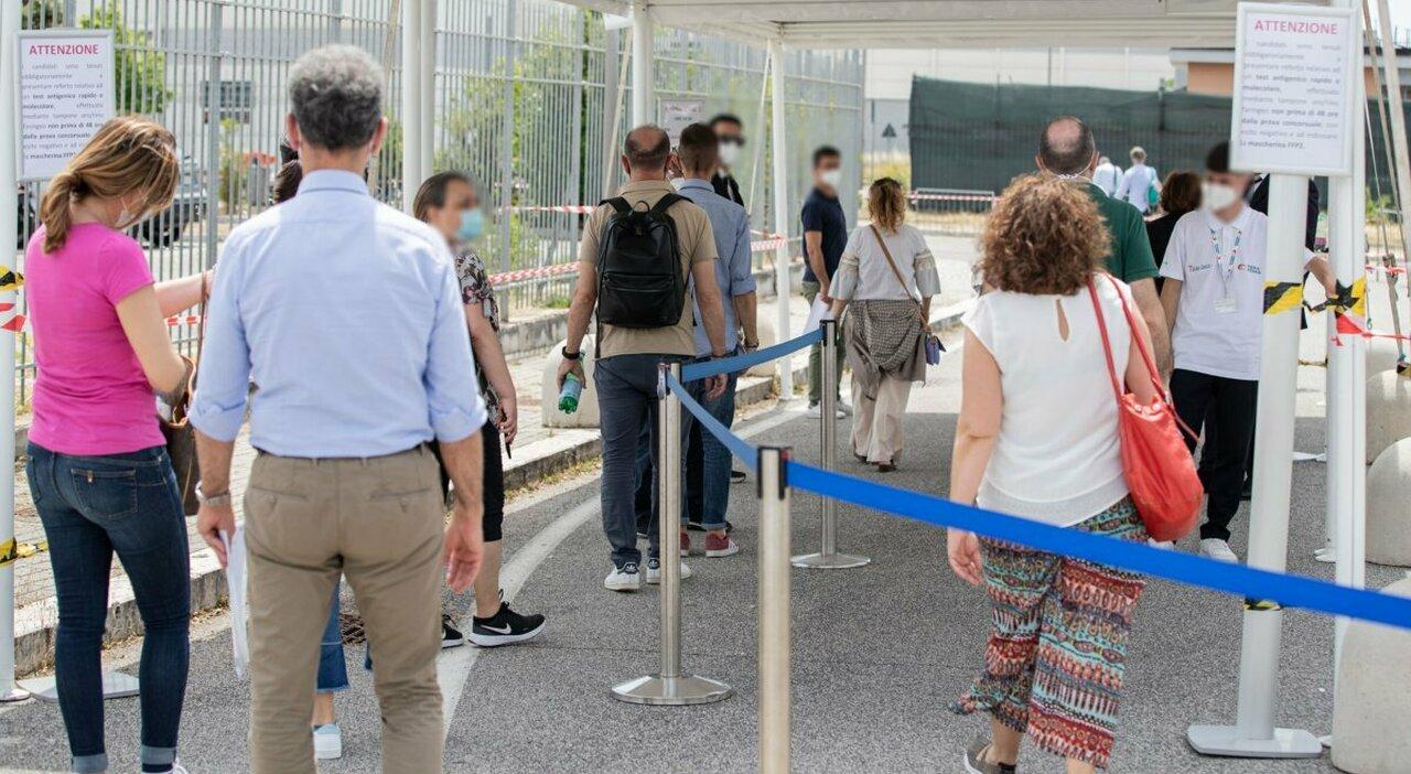 Roma, concorsone dei vigili urbani: quiz sbagliato. Ricorso all'Anac: «Annullatelo»