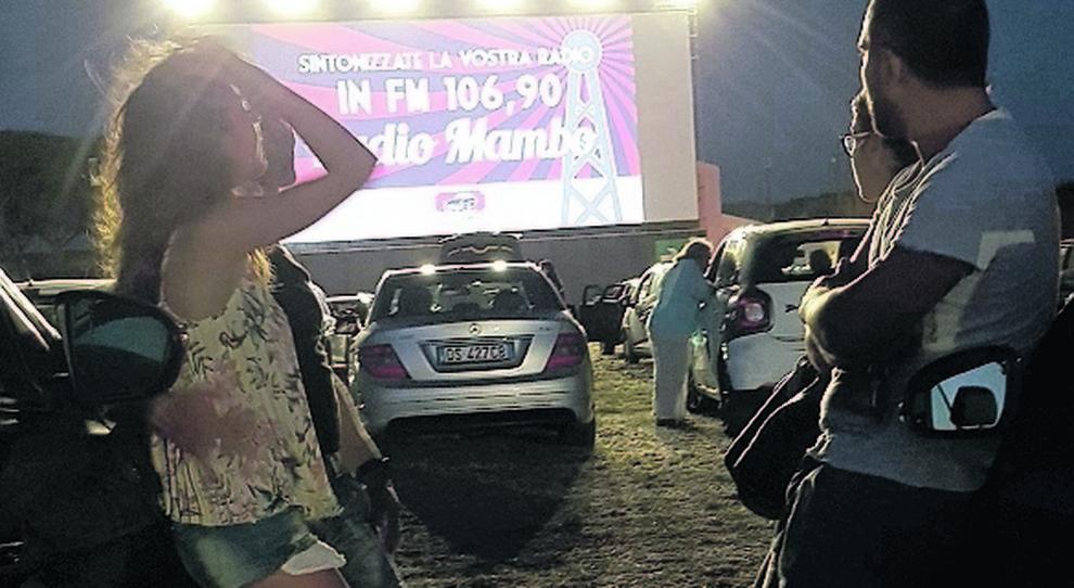 Ostia, torna il drive-in anni 60: film sotto le stelle tutta l estate