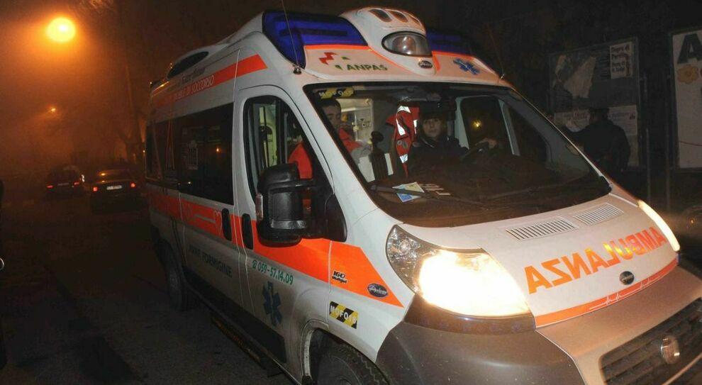Montesilvano, auto contro un muro: morto un 49enne