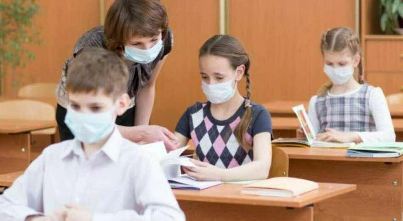 Scuola, se c è un solo contagio esclusa la quarantena. Con tre, la classe a casa
