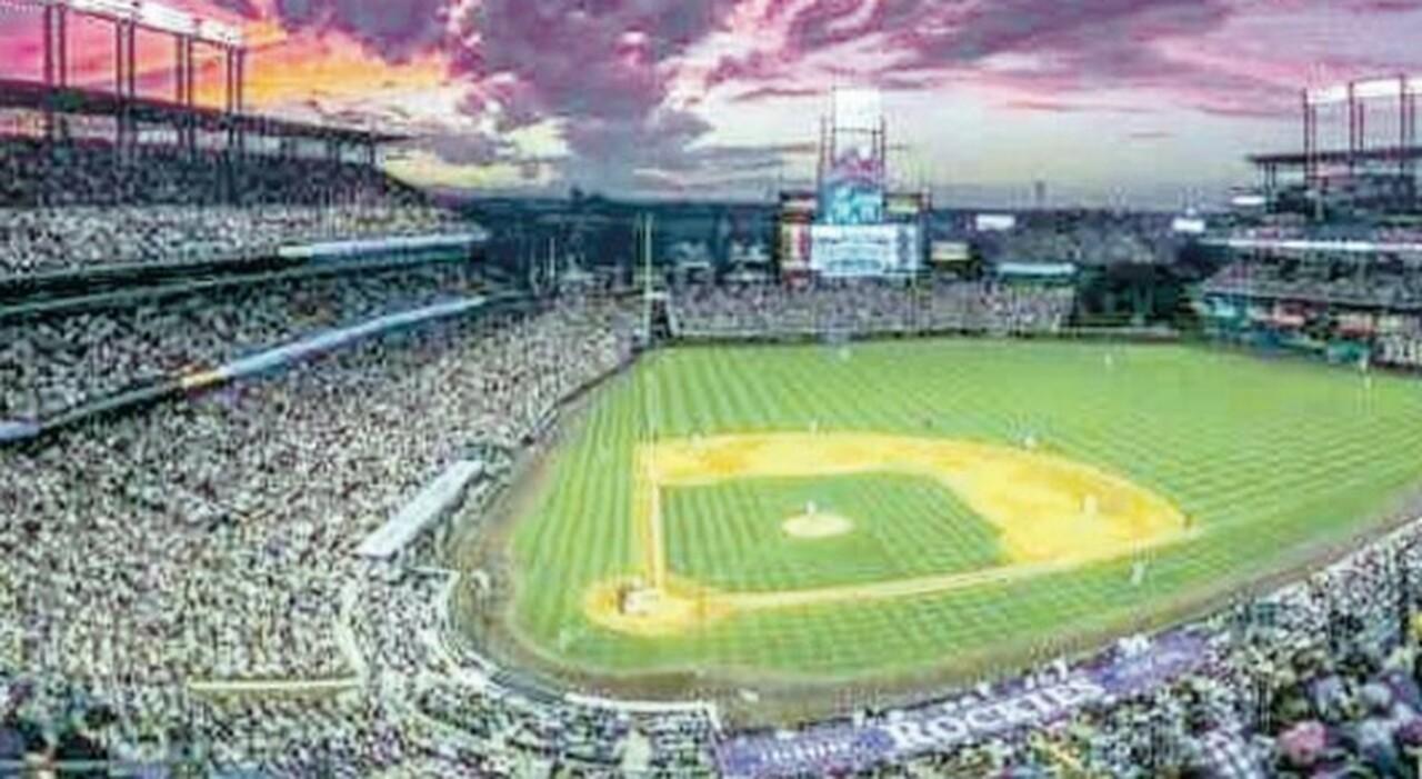 Denver, un arsenale in hotel: la cameriera sventa la strage all'All Star Game di baseball