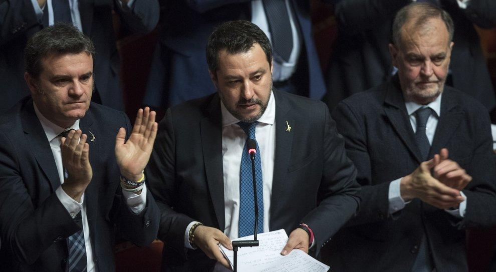Salvini e il processo Gregoretti: rischio condanna e spettro decadenza. Ma il giudizio non è scontato