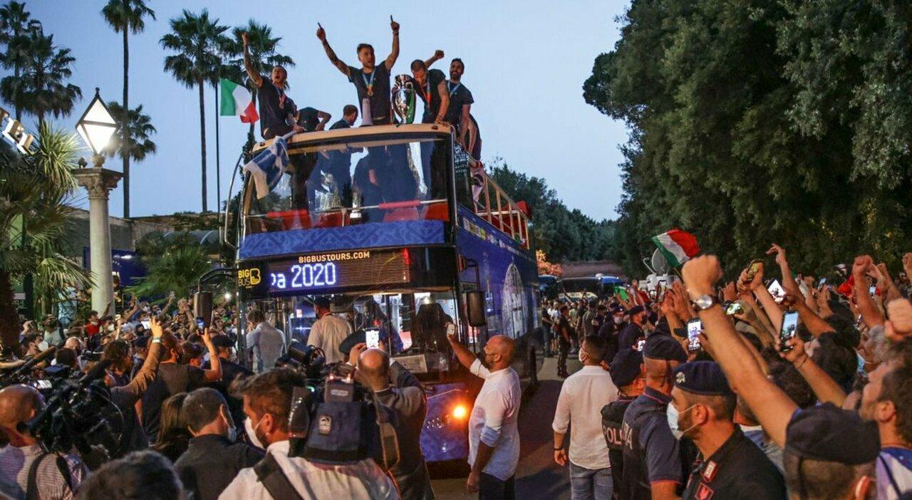 Nazionale, l'Europa ci celebra: tutti pazzi per l'Italia