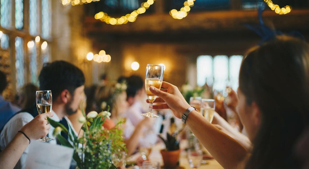 Lazio, boom focolai: feste dei bambini, centri estivi, matrimoni. I luoghi del contagio