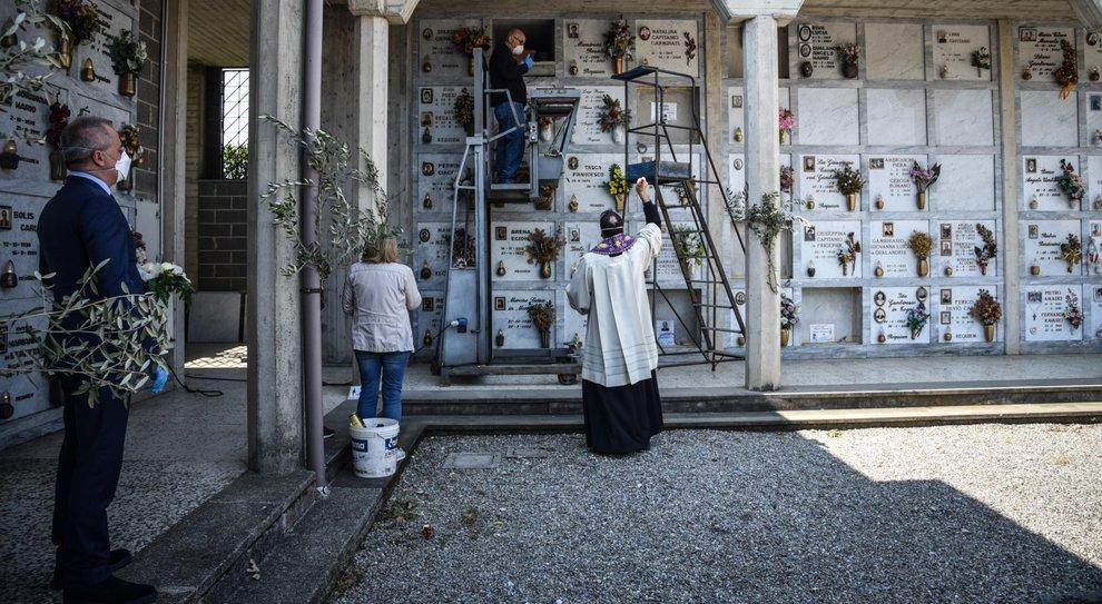 Istat A Marzo Quasi Il 50 Di Morti In Piu Record A Bergamo 568 A Roma 9 4