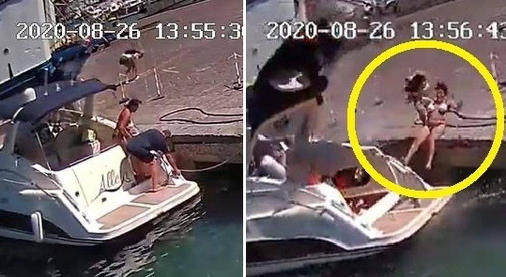 Motoscafo esploso a Ponza, ecco il momento della deflagrazione: la donna vola in aria