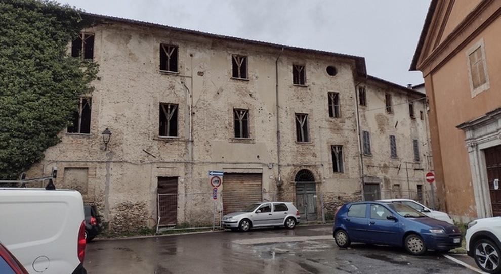 Il palazzo in via della Verdura