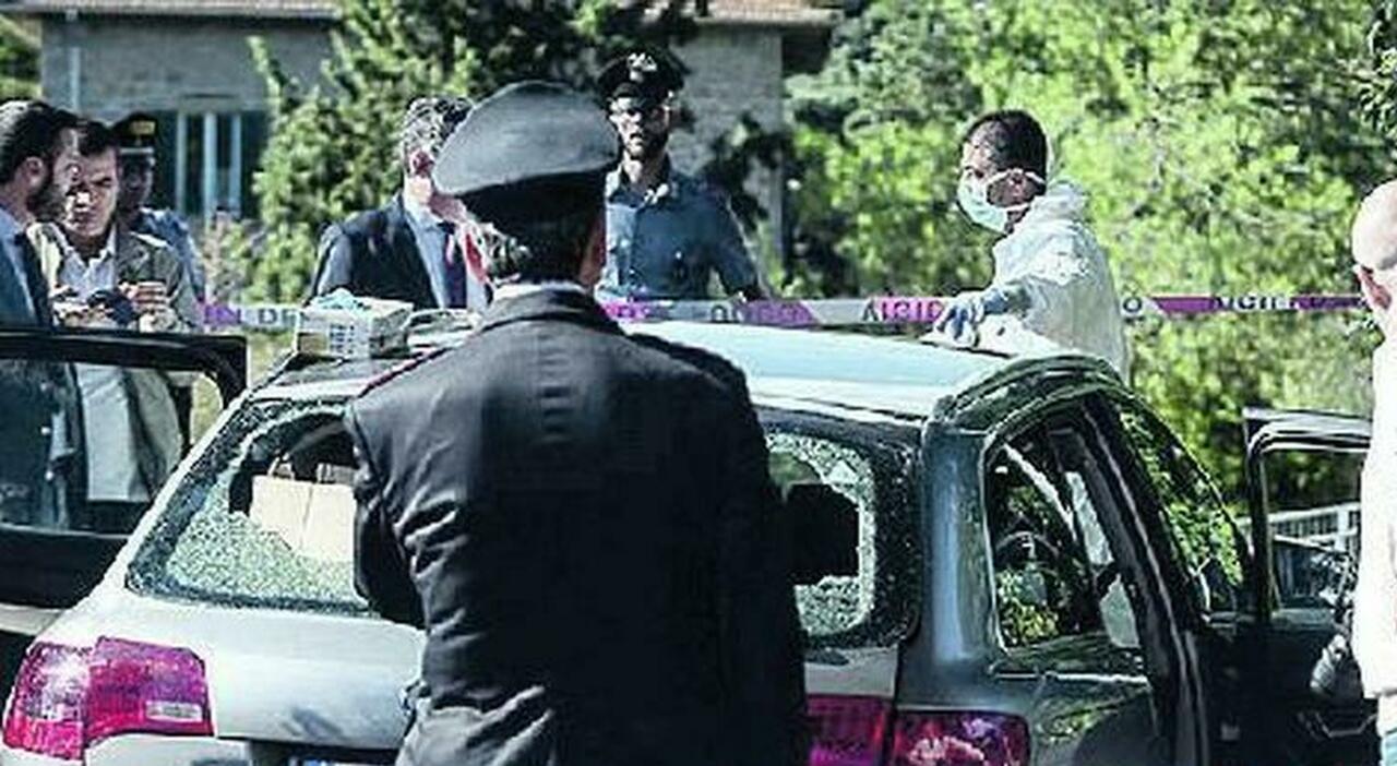 L'auto in cui fu trovato il corpo di Kozi