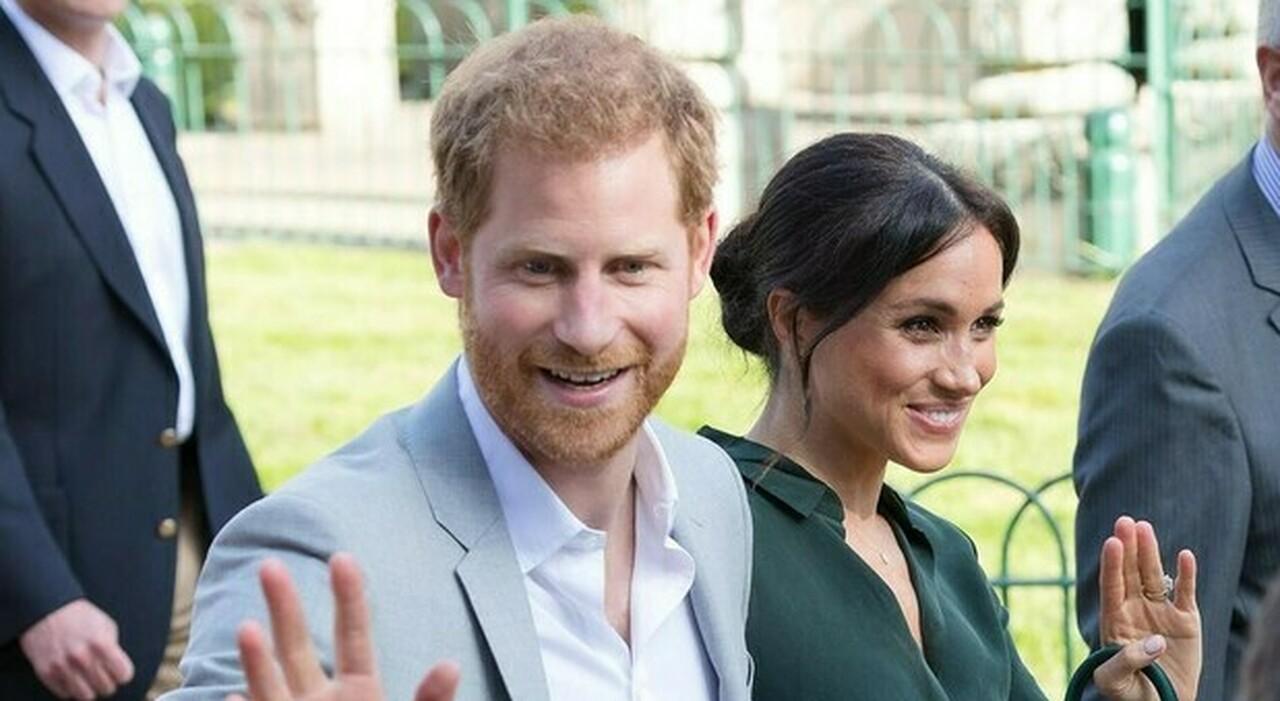 Meghan Markle furiosa con Harry, scenata di gelosia per colpa di una giocatrice di polo: la foto galeotta