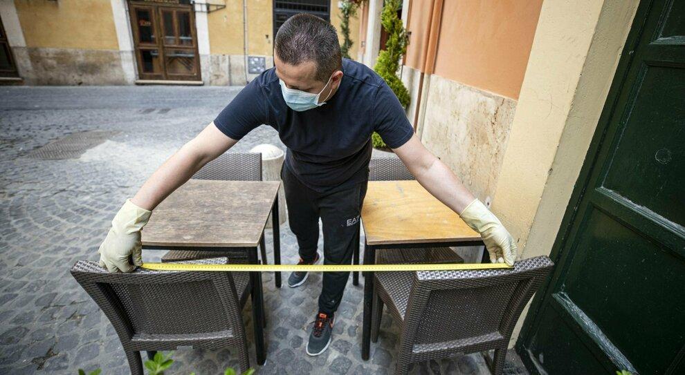 Pranzo di Natale: boom di prenotazioni a Roma, ma si mangia all aperto
