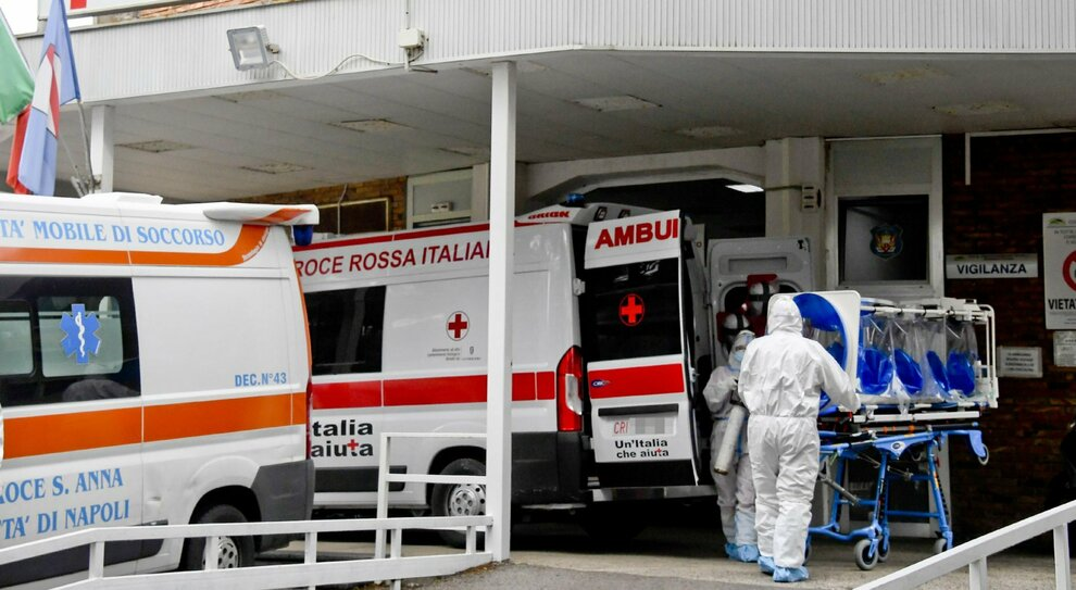 Covid, non solo Campania: il virus corre anche in Umbria e Liguria