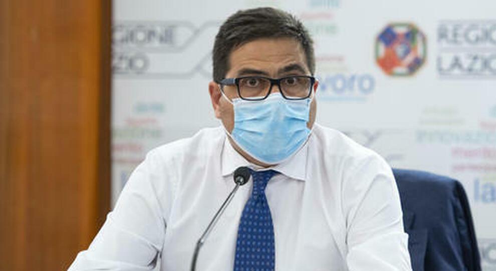 Covid Lazio, D'Amato: «Da luglio si torna in piscina, niente mascherine all'aperto»