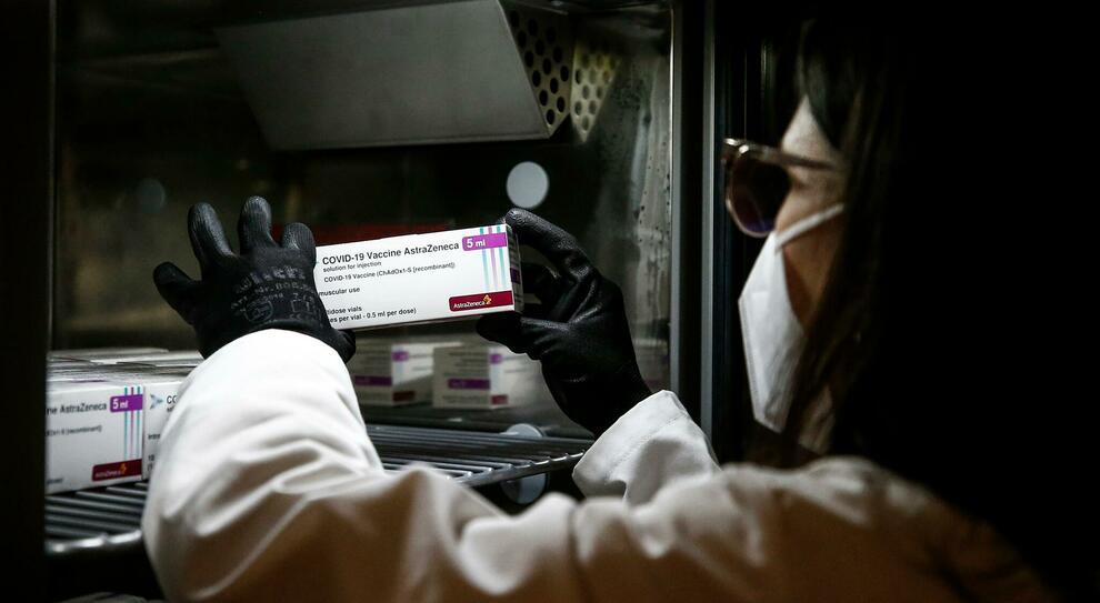 Covid, Oms, «No mix di vaccini per prima e seconda dose»
