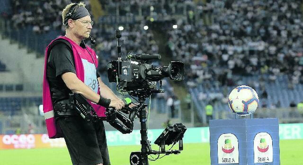 Calcio, ok a Tim-Dazn: così vedremo la Serie A. Ecco come seguire campionato e coppe