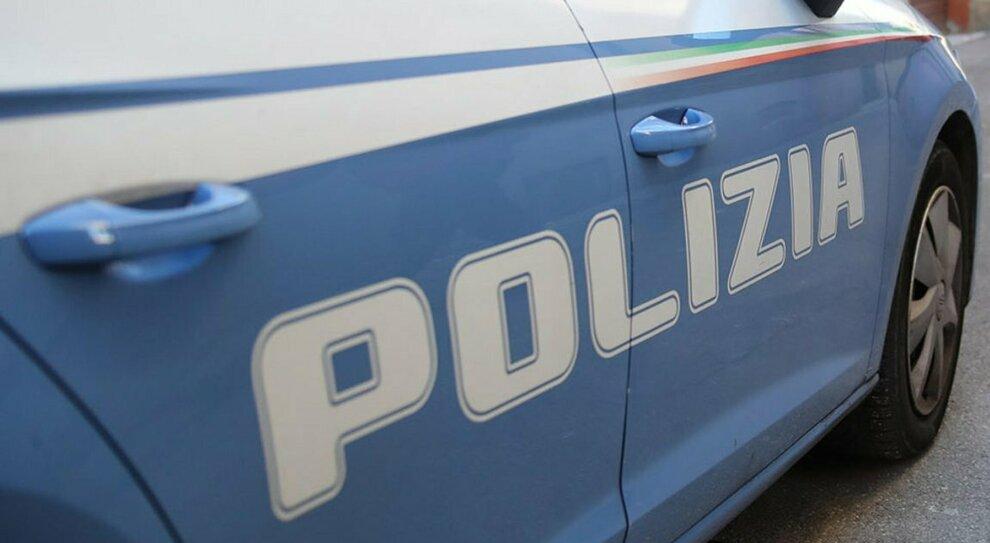 Montesilvano, la casa dell'animatore turistico imbottita di droga: due arresti