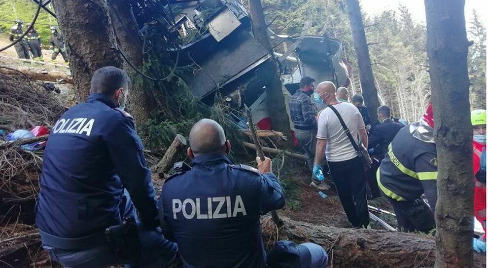 Incidente funivia Mottarone, perché è successo? Il il giallo del cavo tranciato. «Non è scattato il blocco»