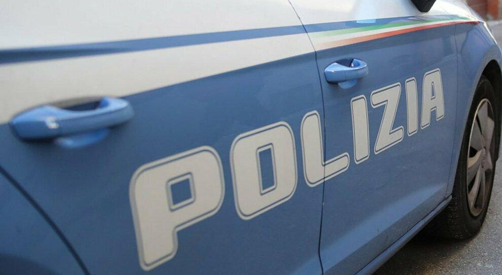 Pescara, tassista rapinato e accoltellato: due arresti dopo sei anni