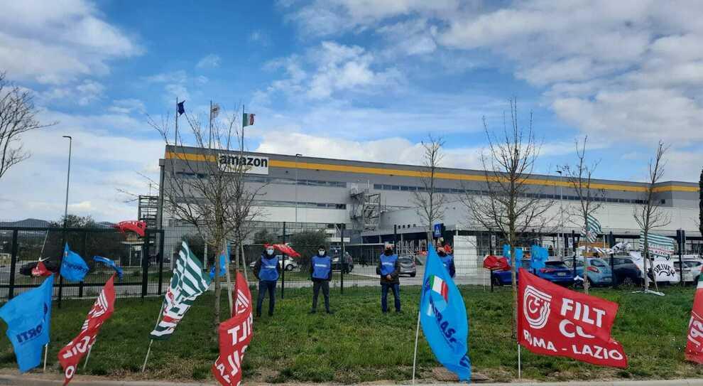 Rieti, Amazon: adesione elevata nel primo sciopero in Sabina