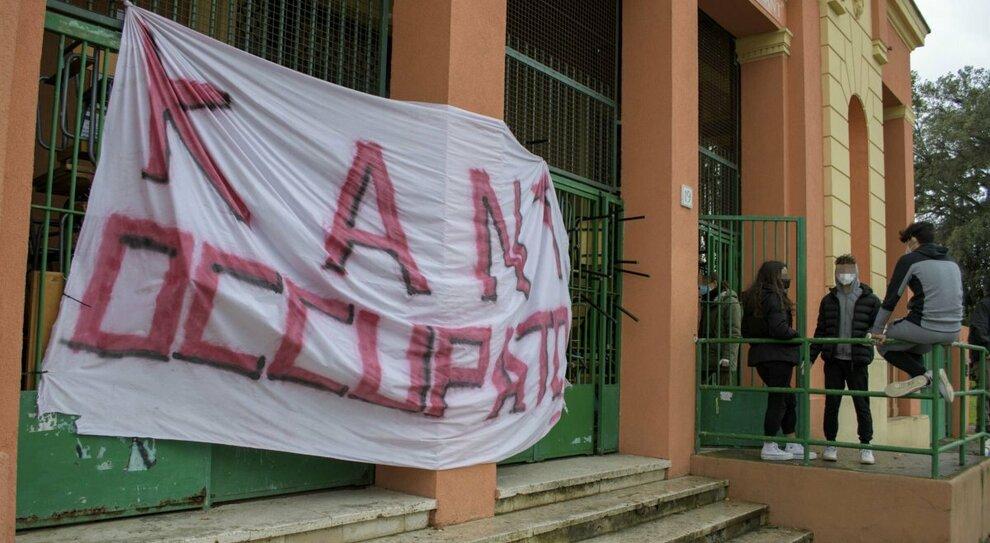 Liceo occupato, per la Procura di Roma non è reato: «Gli studenti cogestiscono»