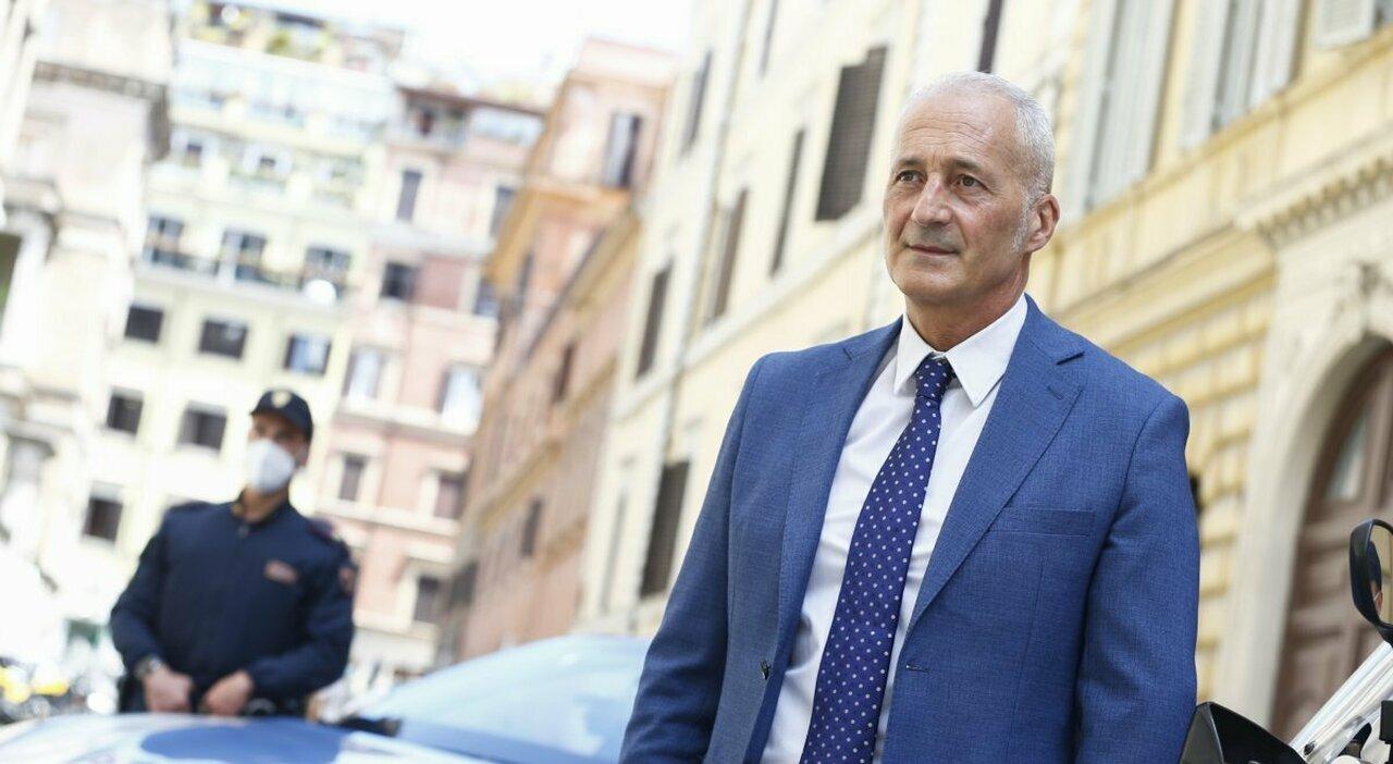 Movida violenta a Roma, questore Della Cioppa: «Faro sui locali e daspo ai minorenni»