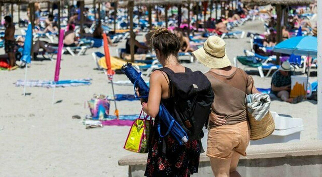Variante Delta, Spagna, Grecia e Malta: ecco dove il virus rovina le vacanze