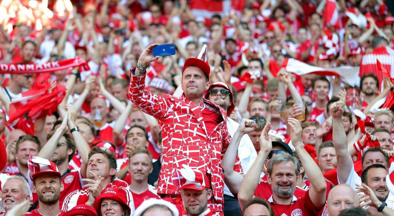 Europei, focolai negli stadi L'Uefa: noi andiamo avanti