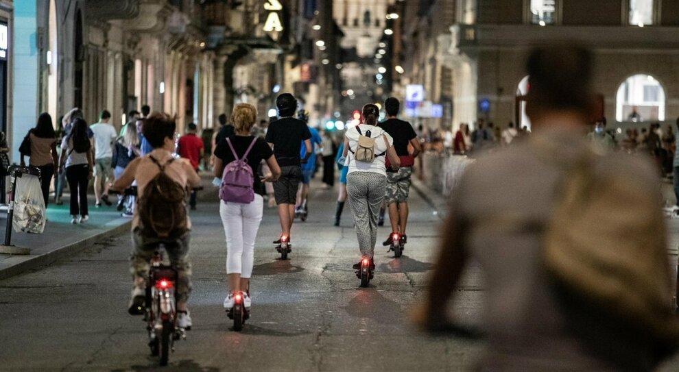 In strada senza regole: «Sale il rischio incidenti», il blitz nel decreto semplificazioni