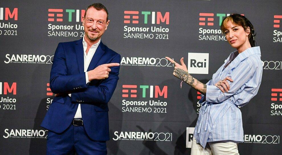 Sanremo 2021: quanto è vicina la radio al tempo del Covid. Amadeus: «Festival molto radiofonico», la gioia di Fiorello