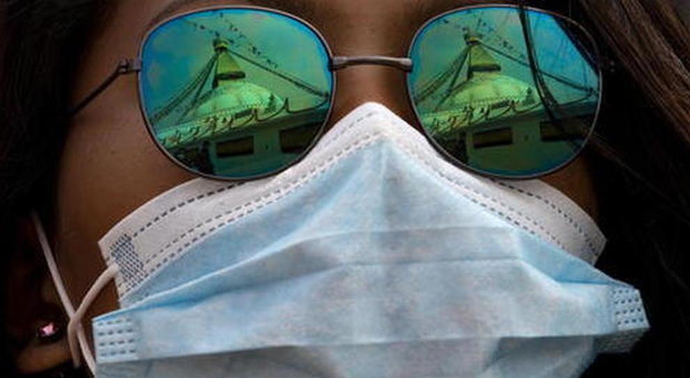 Mascherine, il virus resiste 7 giorni: ecco la circolare della Salute