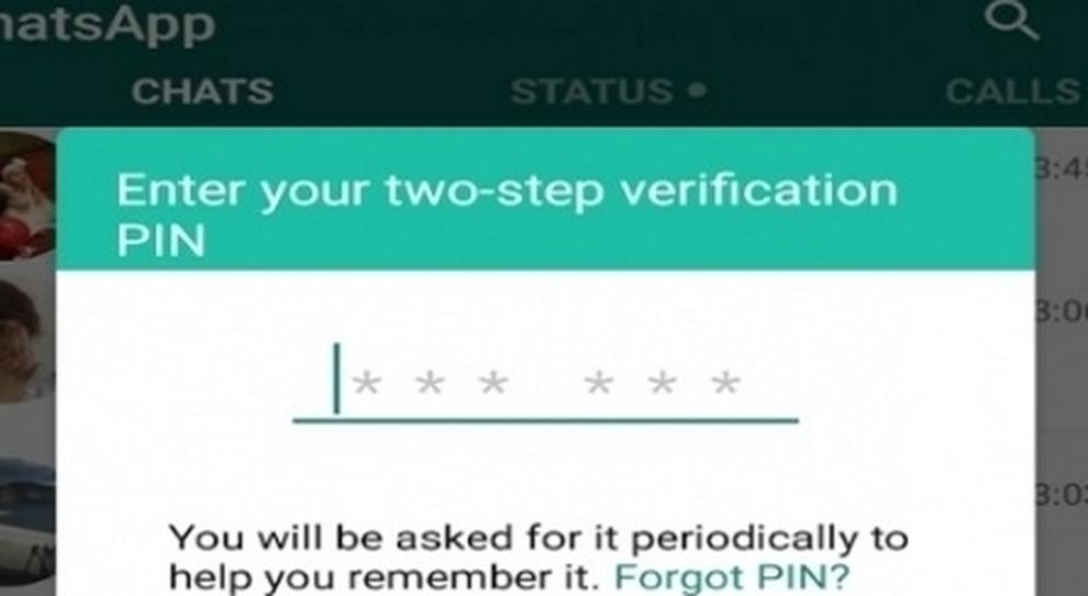 """Whatsapp, la truffa del codice inviato """"per sbaglio"""". La polizia: «Non rispondete a quel messaggio»"""