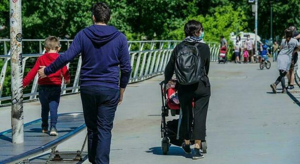 Decreto sostegni, un fondo per i separati: assegno fino a 800 euro all ex coniuge in difficoltà