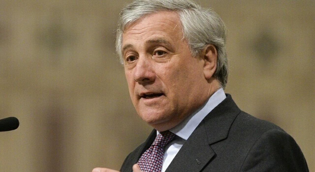 Tajani: «L'idea dei 5 Stelle sul Nord è contro la crescita dell'Italia»